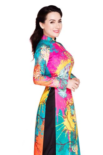 Phi Nhung tìm được niềm vui mới trong thời trang