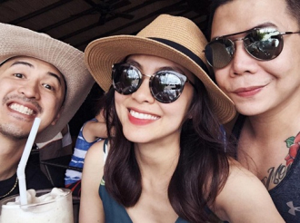 Vợ chồng Tăng Thanh Hà đưa con trai đi du lịch