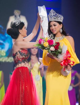 Vy Nguyễn trở thành Hoa hậu Người Việt Quốc tế