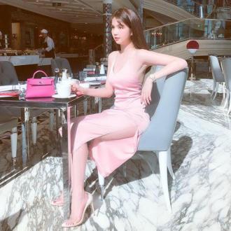 Sao Việt mặc đồ nhã nhặn nhưng rất đẹp