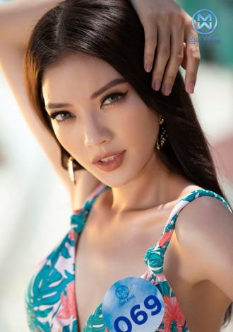 Thí sinh Miss World Việt Nam thiêu đốt ánh nhìn với bikini 2 mảnh