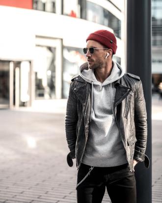 6 cách phối áo hoodie giúp chàng mê style streetwear thêm độc đáo