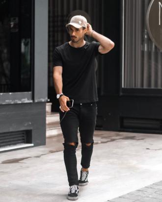 """Định hình street style """"siêu năng động"""" với 5 cách phối giày tự tin"""