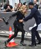Celine Dion suýt ngã trước thềm show Dior