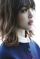 Tóc ngắn xoăn nhẹ đẹp bồng bềnh 2017 của ca sĩ Sulli Hàn Quốc